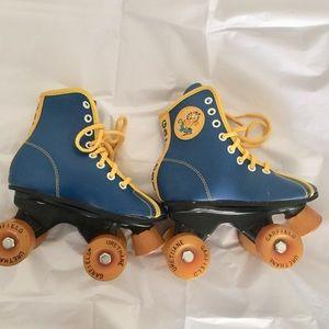 Other - Garfield Roller Skates rare edition birthday gift